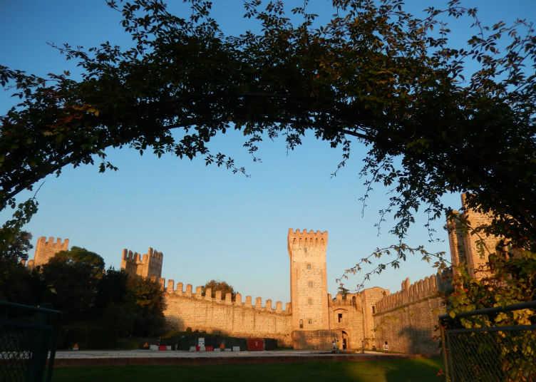 castello-degli-este